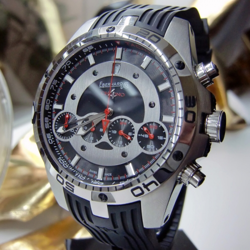 Eberhard & Co Herren Automatikuhr Chrono 4 Geant Bad Boy
