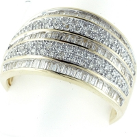 Vilma Righi - Ring mit 126 Diamanten 0,742 ct 585 GG