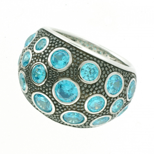 Vilma Righi - Ring mit 17 blue Zirkonia